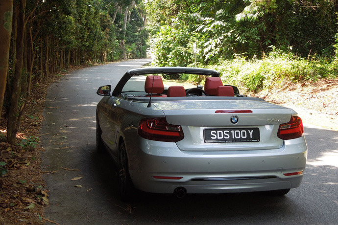 BMW 220i Convertible 2.0 (A) Review