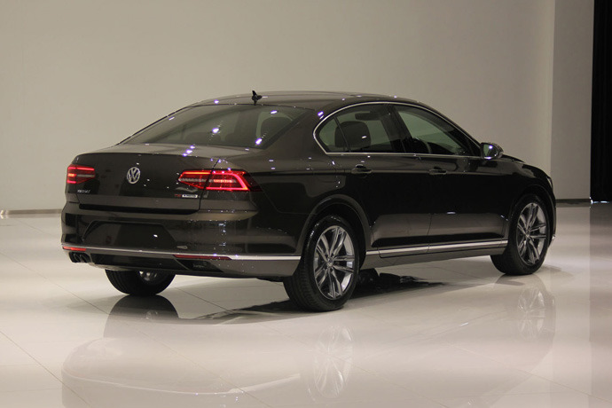 Eighth Generation Passat Arrives Here