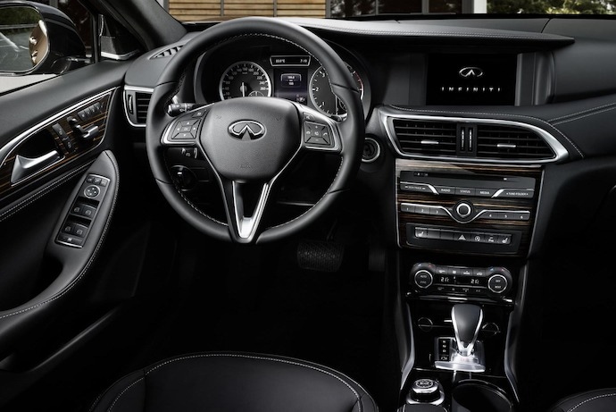 First ever Infiniti Q30 active compact opens its doors before world premiere