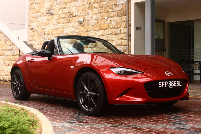 Mazda MX-5 2.0 (A) Review