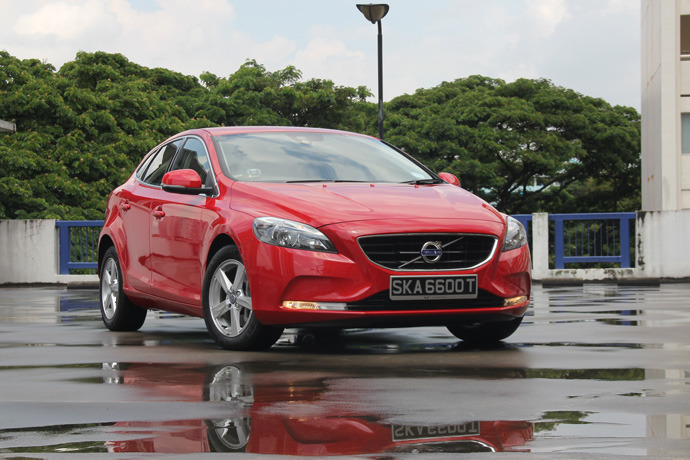 Volvo V40 T2 1.5 (A) Review