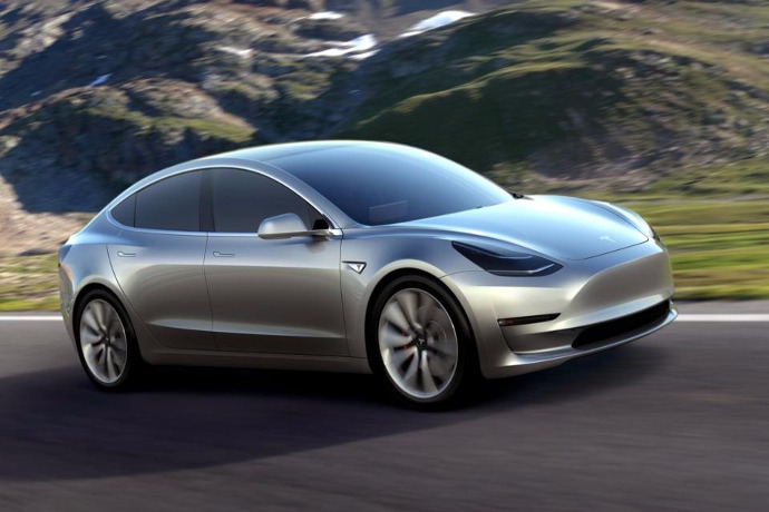 Tesla to manufacture 90,000 cars in 2016