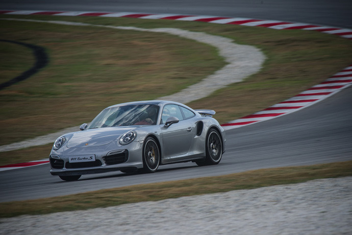 Porsche 911 Turbo S in Sepang!