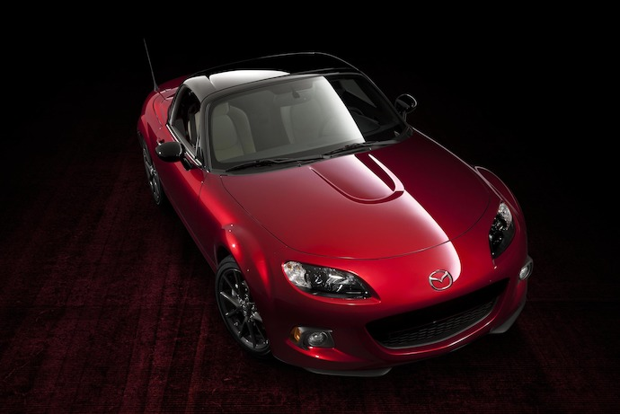 Mazda reveals 25th Anniversary Edition MX-5 at New York Auto Show