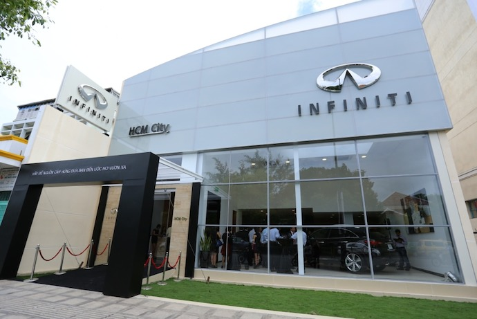 Infiniti Enters the Vietnam Market