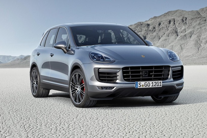 The New Porsche Cayenne underlines its status as sports car among SUVS