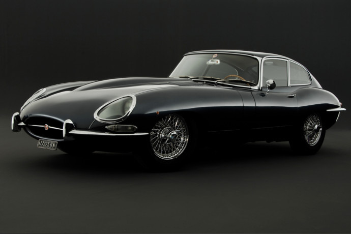 GBR: Jaguar launches Heritage Driving Experience