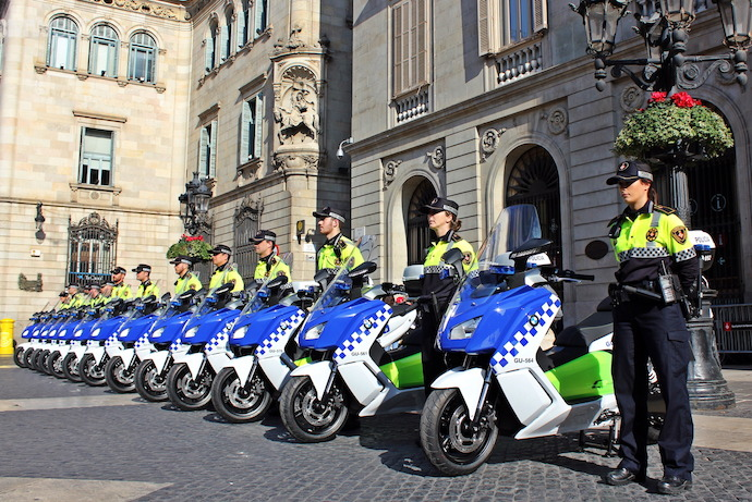 BMW delivers the first fleet of the electric scooter to local police in Barcelona.
