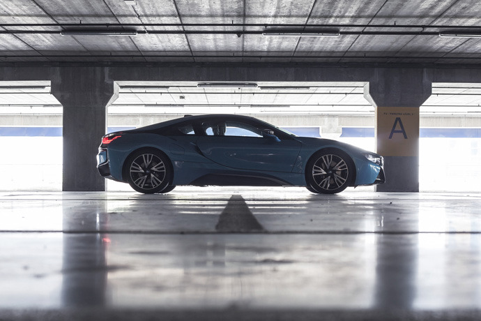 BMW i8 1.5 (A) Review