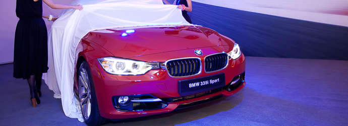 Launch Of The BMW Series Singapore Features Oneshiftcom - Bmw 3 series features