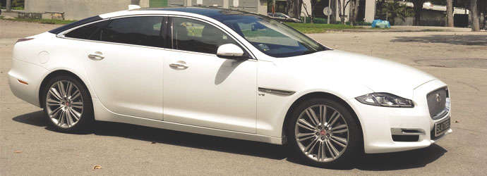 Jaguar XJ 3.0 LWB Review