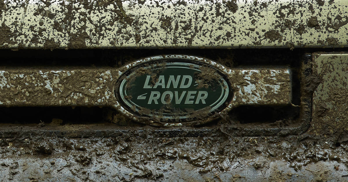 The All-New Land Rover Defender - From The Center Of The ...