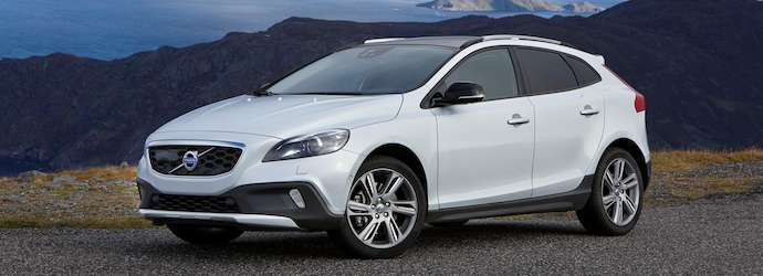 Volvo introduces All Wheel Drive powertrain upgrade for V40 ...