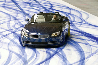 2010 BMW Z4 is a painter...of sorts