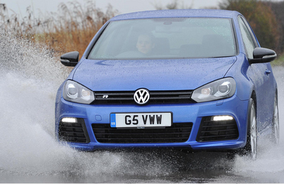 Volkswagen Golf R is TopGear Hot Hatch of The Year