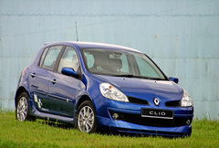 Renault Clio 1.6 (A)