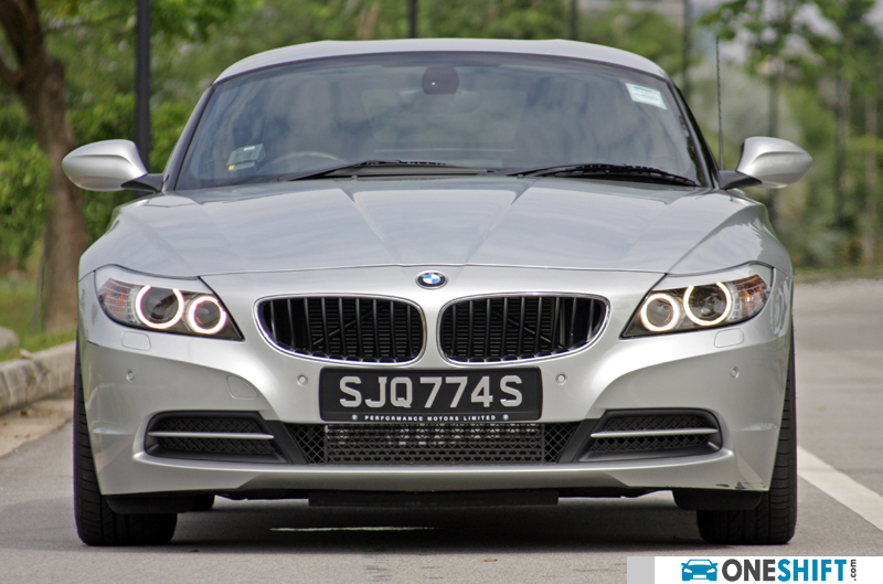 Bmw Z4 Sdrive28i Photos Images New Cars Oneshift Com
