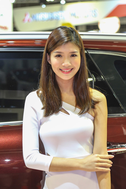 Sell My Car Fast >> Girls of Singapore Motorshow 2015 - Singapore Features ...