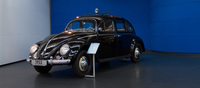 Made exclusively to be a taxi by the Mexican plant, the 1953 Beetle had a longer wheelbase and rear suicide doors that aided ingress and egress of fares. One such beetle was used to bring John Wayne to the Oscars, as part of his rebellion and mockery against the glitz and glamour of Hollywood.