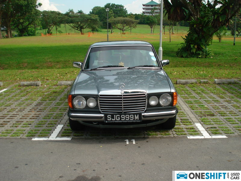 Used mercedes benz 200 w123 car in singapore price sgd for Mercedes benz singapore