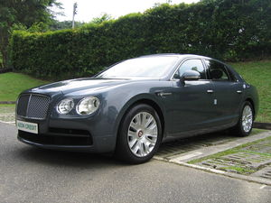Bentley Continetal Flying Spur 4.0A V8