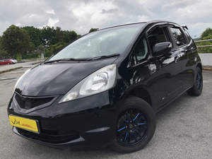 Honda Fit 1.3 G (New 5-yr COE) 2008