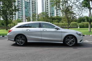 Mercedes-Benz CLA-Class CLA180 Shooting Brake 2016