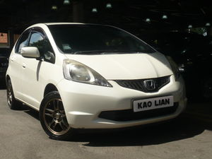 Honda Fit 1.3A GF (New 5-yr COE)