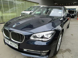 BMW 7 Series 730Li Sunroof  2015