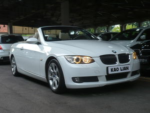 BMW 325I Convertible (A) (New 10-yr COE)