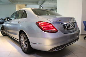 Mercedes-Benz C180 AVANTGARDE 2015