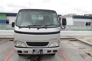 Toyota DYNA 150 MANUAL 3SEATER