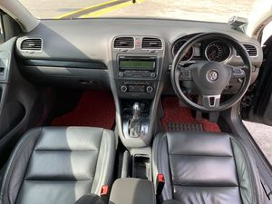 Volkswagen Golf 1.4A TSI (New 5-yr COE) 2011